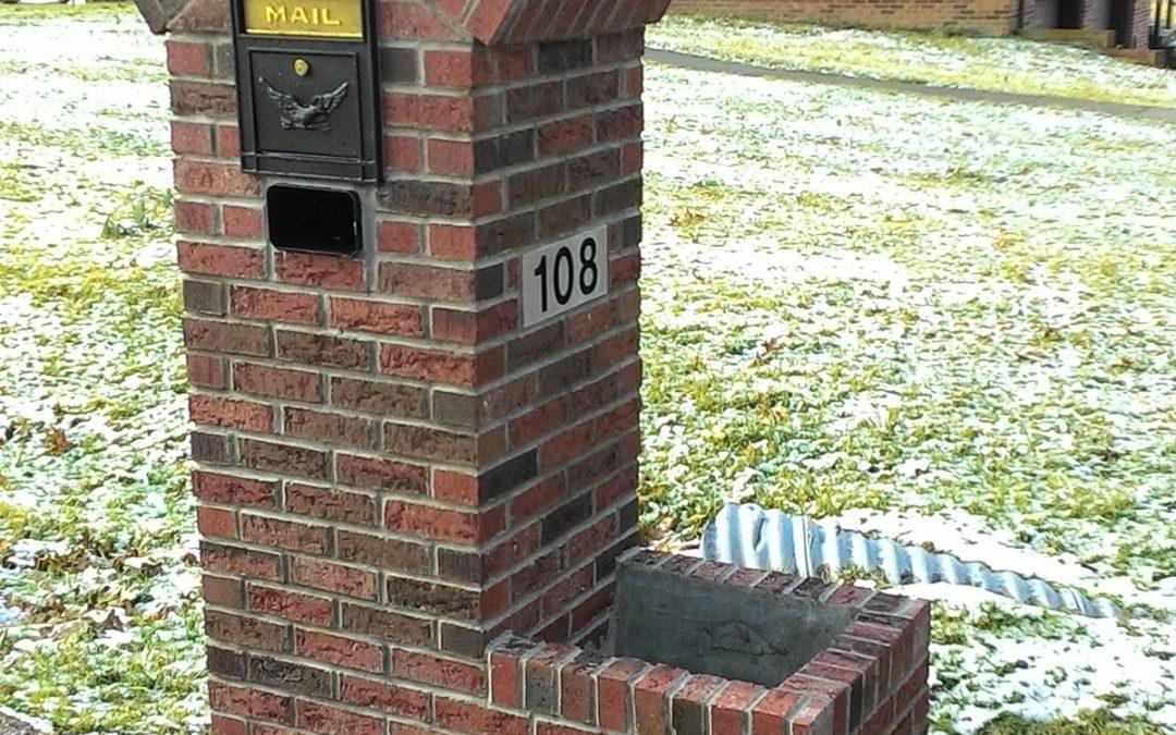 Hart Mailbox