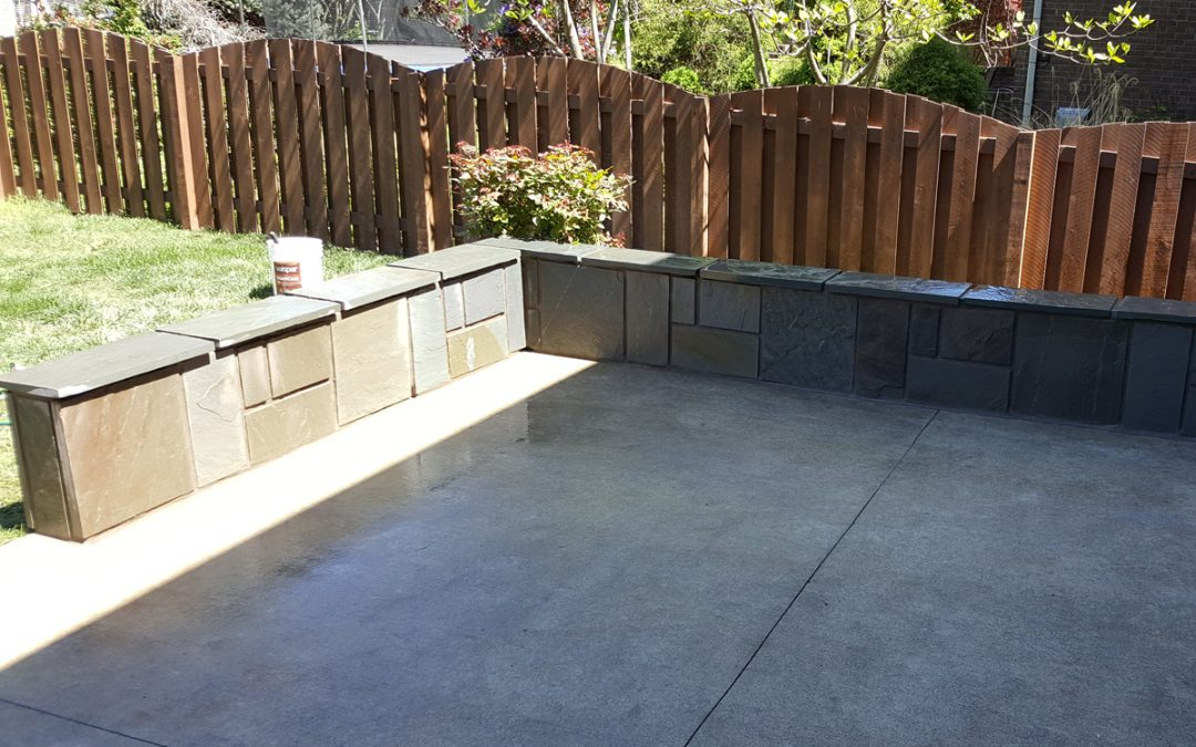 Ziada Flagstone Veneered Patio Walls
